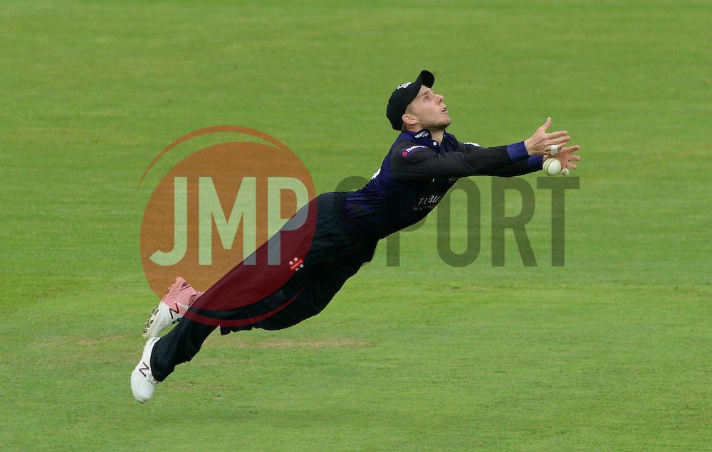 Chris Dent of Gloucestershire drops the catch - Photo mandatory by-line: Dougie Allward/JMP - Mobile: 07966 386802 - 15/05/2015 - SPORT - Cricket - Bristol - Bristol County Ground - Gloucestershire County Cricket v Middlesex County Cricket - NatWest T20 Blast