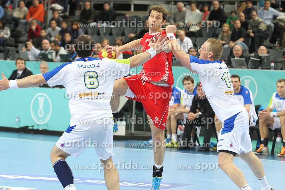 25.01.2013 Barcelona, Spain. IHF men's world championship, 3º/4º place. Picture show Damir Bicanic in action during game between Slovenia vs Croatia at Palau St. Jordi