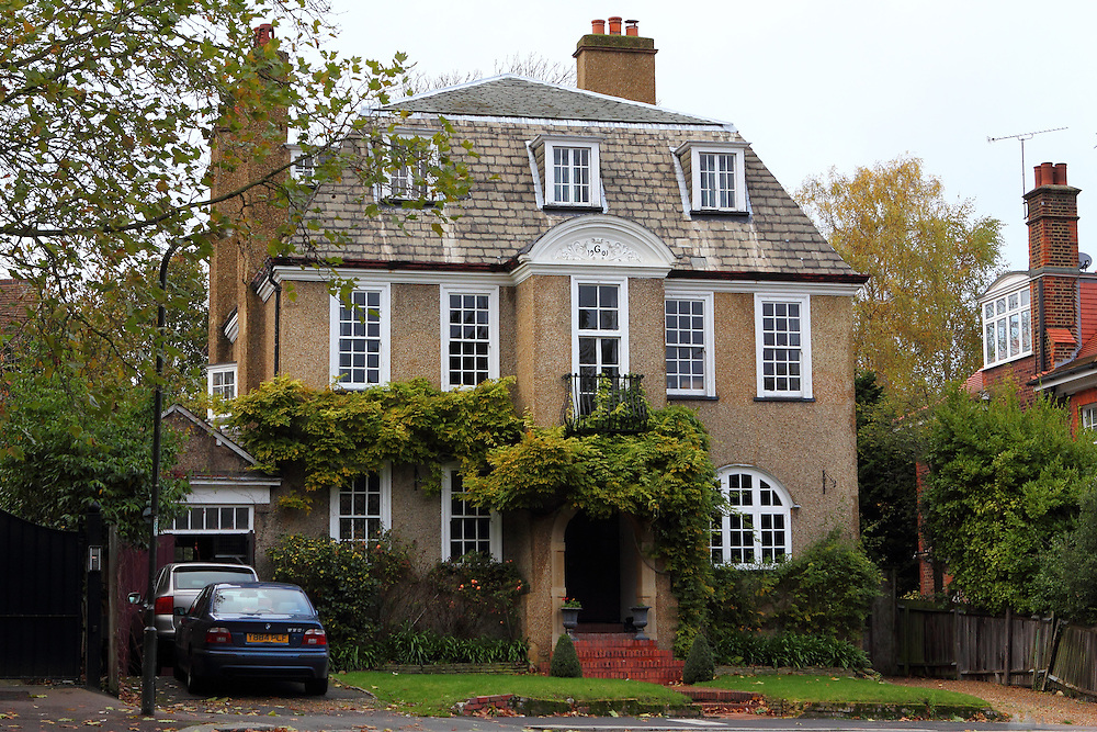 Grand House in Wimbledon, London SW19