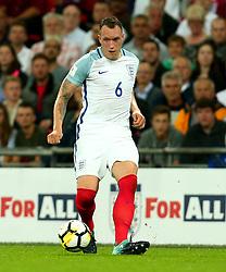 Phil Jones of England - Mandatory by-line: Robbie Stephenson/JMP - 04/09/2017 - FOOTBALL - Wembley Stadium - London, United Kingdom - England v Slovakia - 2018 FIFA World Cup Qualifier