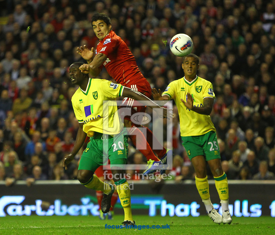 Picture by Paul Chesterton/Focus Images Ltd.  07904 640267.22/10/11.Luis Suárez of Liverpool heads for goal during the Barclays Premier League match at Anfield, Liverpool