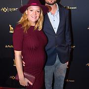 NLD/Utrecht/20150930 - Premiere De Grote Zwaen, zwangere Juliette van Ardenne en partner Tim van Loon