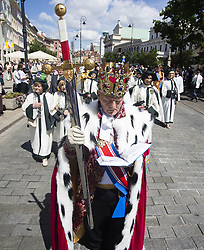 June 15, 2017 - Warsaw, Poland - Members of the Catholic Church and people taking part in a procession through Warsaw's Old Town in commemoration Corpus Christi in Poland.  (Credit Image: © Krystian Dobuszynski/NurPhoto via ZUMA Press)