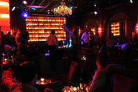 Secret Square is a restaurant erotic cabaret (new name of Stringfellow)<br /> The choice of dancers is adapted to French taste, more &quot;chic&quot;.<br /> The striptease is considered the &quot;9th Art&quot; resurfaced in the parisian nightlife since the early 2000s