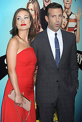 01.08.2013, Ziegfeld Theater, New York, USA, Filmpremiere, We are the Millers, im Bild Olivia Wilde and Jason Sudeikis // during photocall for the movie 'We are the Millers'at the Ziegfeld Theater in New York, United States of Amerika on 2013/08/01. EXPA Pictures © 2013, PhotoCredit: EXPA/ Newspix/ Dennis Van Tine<br /> <br /> ***** ATTENTION - for AUT, SLO, CRO, SRB, BIH, TUR, SUI and SWE only *****
