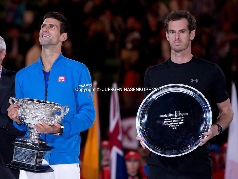 Novak Djokovic (SRB) und Andy Murray (GBR),Siegerehrung,Pokal,<br /> <br /> Tennis - Australian Open 2015 - Grand Slam ATP / WTA -  Melbourne Olympic Park - Melbourne - Victoria - Australia  - 1 February 2015.