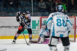 18.11.2018, Ice Rink, Znojmo, CZE, EBEL, HC Orli Znojmo vs EHC Liwest Black Wings Linz, 20. Runde, im Bild v.l. Ryan Kujawinski (HC Orli Znojmo) Michael Ouzas (EHC Liwest Black Wings Linz) Dan Dasilva (EHC Liwest Black Wings Linz) // during the Erste Bank Eishockey League 20th round match between HC Orli Znojmo and EHC Liwest Black Wings Linz at the Ice Rink in Znojmo, Czechia on 2018/11/18. EXPA Pictures © 2018, PhotoCredit: EXPA/ Rostislav Pfeffer