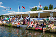 """Henley on Thames, United Kingdom, 3rd July 2018, Saturday,  """"Henley Royal Regatta"""",  Spectators watch the racing from outside, """"Remenhan Club"""", on the Thames Path"""", Henley Reach, River Thames, Thames Valley, England, UK."""