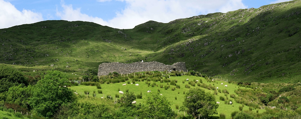 July 21, 2019 - Staigue Ring Fort Near Castlecove, Ring Of Kerry, Ireland (Credit Image: © Peter Zoeller/Design Pics via ZUMA Wire)