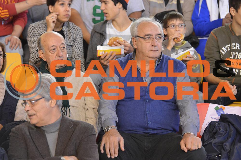 DESCRIZIONE : Roma Lega A 2012-13 Acea Virtus Roma Cimberio Varese<br /> GIOCATORE : Francesco Martino<br /> CATEGORIA : curiosita ritratto<br /> SQUADRA : Acea Roma<br /> EVENTO : Campionato Lega A 2012-2013 <br /> GARA : Acea Virtus Roma Cimberio Varese<br /> DATA : 02/12/2012<br /> SPORT : Pallacanestro <br /> AUTORE : Agenzia Ciamillo-Castoria/GiulioCiamillo<br /> Galleria : Lega Basket A 2012-2013  <br /> Fotonotizia : Roma Lega A 2012-13 Acea Virtus Roma Cimberio Varese<br /> Predefinita :