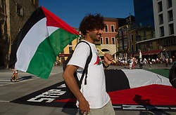 June 14, 2018 - Gijon, asturias, Spain - Dozens of people have participated today in Gijón in the demonstration called by the Platform of Solidarity with the ''Freedom Flotilla'' in support of the Palestinian people (Credit Image: © Mercedes Menendez/Pacific Press via ZUMA Wire)