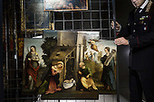 Nel caveau dei tesori rubati | by Christian Mantuani