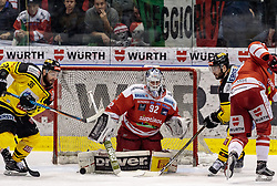 21.03.2017, Eiswelle, Bozen, ITA, EBEL, HCB Suedtirol Alperia vs UPC Vienna Capitals, Playoff, Halbfinale, 4. Spiel, im Bild v.l. Jerry Pollastrone (Vienna Capitals), Marcel Melichercik (HCB Suedtirol), Riley Holzapfel (Vienna Capitals), Alexander Egger (HCB Suedtirol) // during the Erste Bank Icehockey League, playoff semifinal 4th match between HCB Suedtirol Alperia and UPC Vienna Capitals at the Eiswelle in Bozen, Italy on 2017/03/21. EXPA Pictures © 2017, PhotoCredit: EXPA/ Johann Groder