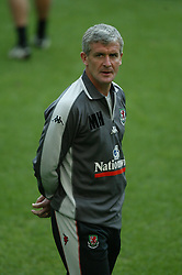 MILAN, ITALY - Thursday, September 4, 2003: Wales' manager Mark Hughes training at the San Siro ahead of their Group 9 Euro 2004 qualifier against Italy. (Pic by David Rawcliffe/Propaganda)