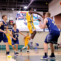 2nd year guard, Nigel Warden (9) of the Regina Cougars in action during the Regina Cougars vs Lethbridge game on November 2 at University of Regina. Credit Matte Black Photos/©Arthur Images 2018