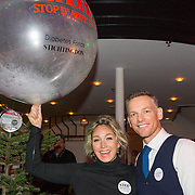 NLD/Hilversum/20151207- Sky Radio's Christmas Tree for Charity, Barry Atsma met Do