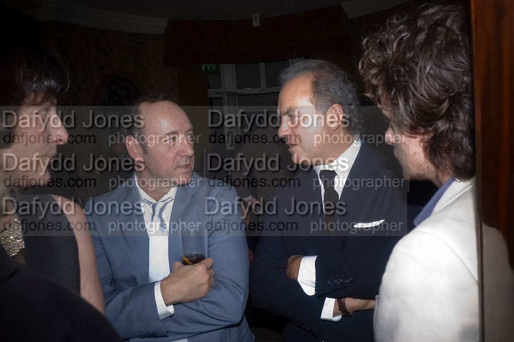 KEVIN SPACEY AND CHARLES FINCH , Pre Bafta dinner hosted by Charles Finch and Chanel. Mark's Club. Charles St. London. 9 February 2008.  *** Local Caption *** -DO NOT ARCHIVE-© Copyright Photograph by Dafydd Jones. 248 Clapham Rd. London SW9 0PZ. Tel 0207 820 0771. www.dafjones.com.