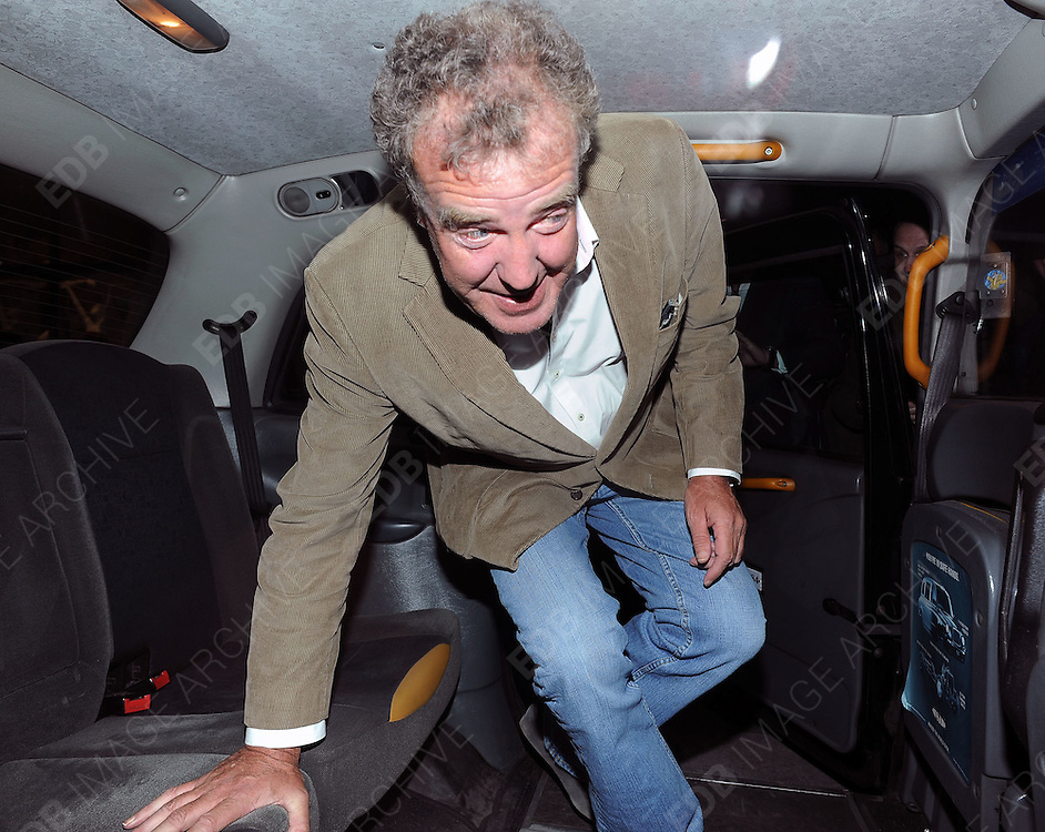 03.MAY.2011. LONDON<br /> <br /> TV PRESENTER JEREMY CLARKSON LEAVING THE SCOTTS RESTAURANT IN MAYFAIR, CENTRAL LONDON<br /> <br /> BYLINE: EDBIMAGEARCHIVE.COM<br /> <br /> *THIS IMAGE IS STRICTLY FOR UK NEWSPAPERS AND MAGAZINES ONLY*<br /> *FOR WORLD WIDE SALES AND WEB USE PLEASE CONTACT EDBIMAGEARCHIVE - 0208 954 5968*