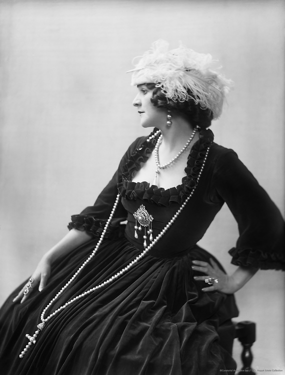 Doris Keane, actress, 1916