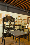 A Washington Press made by R. Hoe, at Bowne Printers, part of the  South Street Seaport Museum.