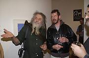 Ivan D'Evan and Adam Mars-Jones. Andrew Barrow book party, Redfern Gallery, London. 20 November 2002. © Copyright Photograph by Dafydd Jones 66 Stockwell Park Rd. London SW9 0DA Tel 020 7733 0108 www.dafjones.com