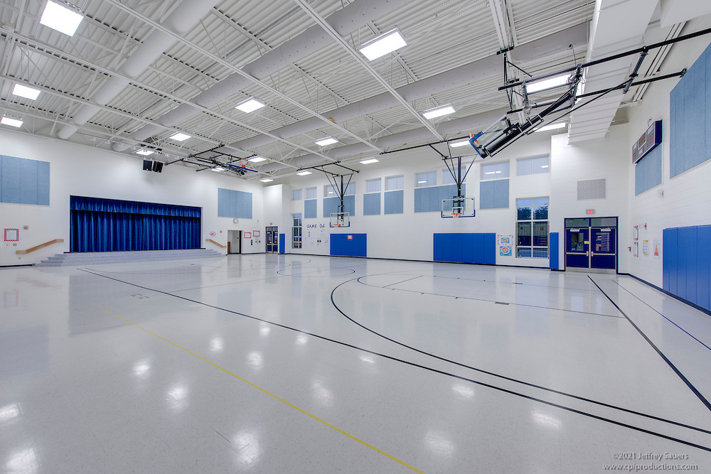 Architectural Interior of Cardinal Ridge Elementary School in Loudoun County VA by Jeffrey Sauers of Commercial Photographics, Architectural Photo Artistry in Washington DC, Virginia to Florida and PA to New England