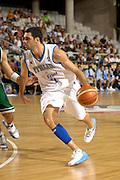 DESCRIZIONE : Alicante Spagna Spain Eurobasket Men 2007 Italia Slovenia Italy Slovenia <br /> GIOCATORE : Matteo Soragna<br /> SQUADRA : Nazionale Italia Uomini Italy <br /> EVENTO : Eurobasket Men 2007 Campionati Europei Uomini 2007 <br /> GARA : Italia Slovenia Italy Slovenia <br /> DATA : 03/09/2007 <br /> CATEGORIA : Palleggio <br /> SPORT : Pallacanestro <br /> AUTORE : Ciamillo&amp;Castoria/Fiba <br /> Galleria : Eurobasket Men 2007 <br /> Fotonotizia : Alicante Spagna Spain Eurobasket Men 2007 Italia Slovenia Italy Slovenia <br /> Predefinita :