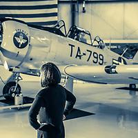 Linda Hangar Shoot