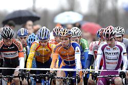 07-01-2007 WIELRENNEN: NK VELDRIJDEN MANNEN: WOERDEN<br /> Start met Thijs Al, Gerben de Knegt en Richard Groenendaal<br /> ©2007-WWW.FOTOHOOGENDOORN.NL
