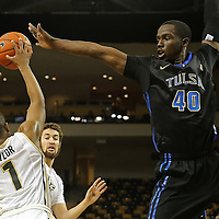 ORLANDO, FL - DECEMBER 31:  D'Andre Wright #40 of the Tulsa Golden Hurricane tries to block the shot of B.J. Taylor #1 of the UCF Knights at the CFE Arena on December 31, 2014 in Orlando, Florida. (Photo by Alex Menendez/Getty Images) *** Local Caption *** D'Andre Wright; B.J. Taylor