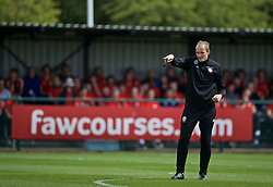 NEWPORT, WALES - Saturday, May 25, 2019: Dave Adams gives a practical demonstration during day two of the Football Association of Wales National Coaches Conference 2019 at Dragon Park. (Pic by David Rawcliffe/Propaganda)