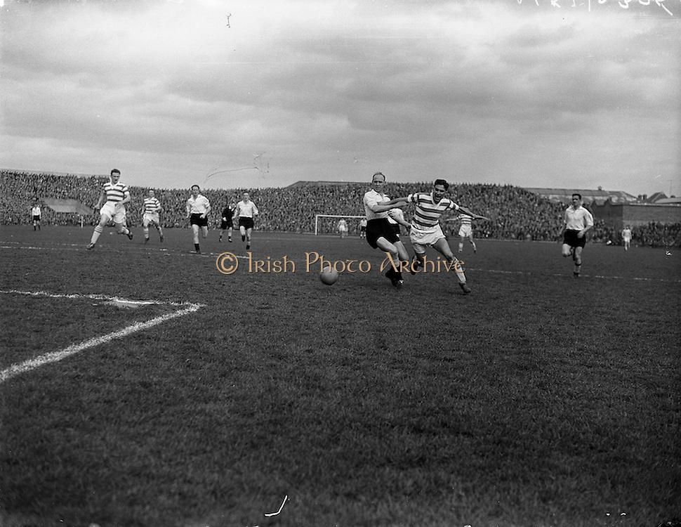 20/04/1958<br /> 04/20/1958<br /> 20 April 1958<br /> F.A.I. Cup Final: Shamrock Rovers v Dundalk at Dalymount Park, Dublin.