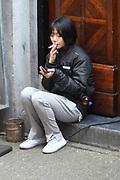 De cast van Sense8 is momenteel in Nederland. De acteurs van de Netflix Original zijn hier een aantal dagen om opnames te maken voor het tweede seizoen van Sense8. In dit tweede seizoen zullen dus beelden te zien zijn van Amsterdam en Den Haag. <br /> <br /> <br /> The Sense8 cast is currently in the Netherlands. The actors of the Netflix Original are several days to shoot the second season of Sense8. In this second season will therefore see images of Amsterdam and The Hague.<br /> <br /> Op de foto / On the photo:  Doona Bae