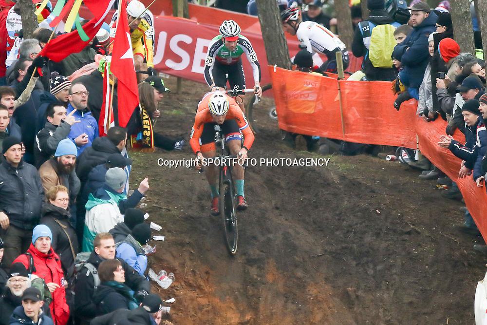 31-01-2016: Wielrennen: WK cyclecross beloften: Heusden Zolder<br />HEUSDEN-ZOLDER (BEL) cyclocross<br />Op het circuit van Terlamen-Zolder streden de veldrijders categorie beloften om de mondiale titels in het veld. Lars Boom