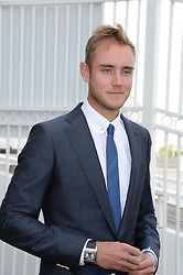 STUART BROAD at the Investec Derby 2013 held at Epsom Racecourse, Epsom, Surrey on 1st June 2013.