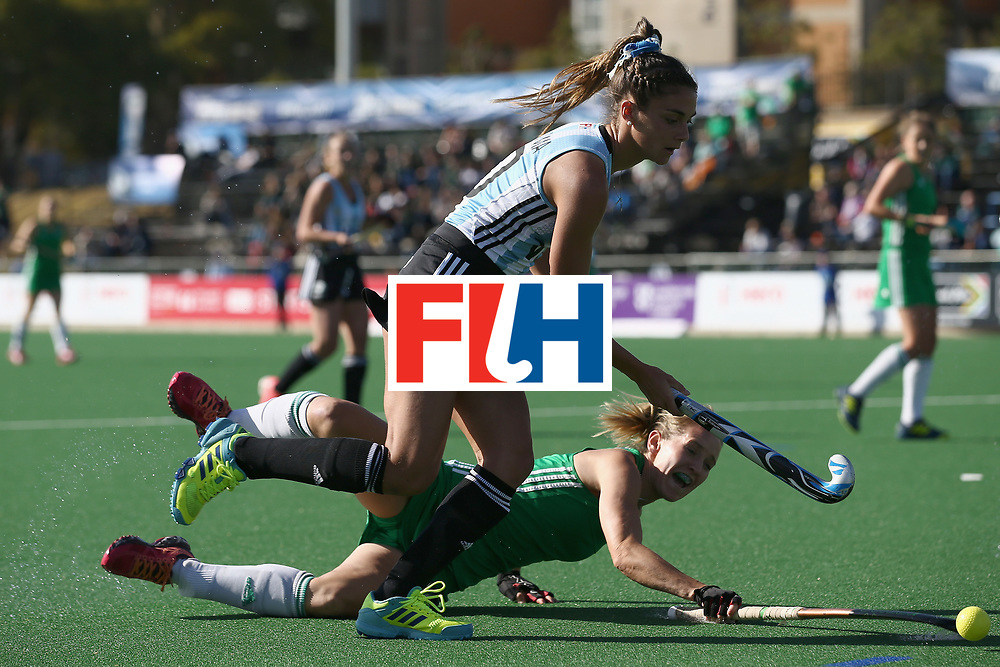 JOHANNESBURG, SOUTH AFRICA - JULY 18: Nicola Daly of Ireland attempts to tackle Magdalena Fernandez of Argentina during the Quarter Final match between Argentina and Ireland during the FIH Hockey World League - Women's Semi Finals on July 18, 2017 in Johannesburg, South Africa.  (Photo by Jan Kruger/Getty Images for FIH)