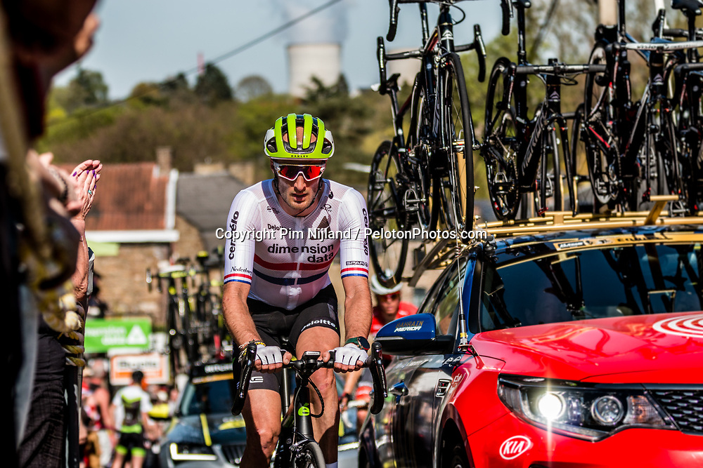 Stephen CUMMINGS of Dimension Data on his Cervelo bike during the 2nd of 3 climbs with 29 km to go at Mur de Huy of the 2018 La Flèche Wallonne race, Huy, Belgium, 18 April 2018, Photo by Pim Nijland / PelotonPhotos.com | All photos usage must carry mandatory copyright credit (Peloton Photos | Pim Nijland)