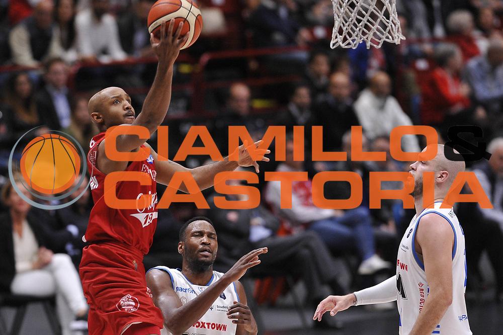 EA7 Emporio Armani Olimpia Milano - Red October Cantu&rsquo; Hickman Richard<br /> Lega Basket 2016/2017<br /> Milano 07/05/2017<br /> Foto Ciamillo-Castoria