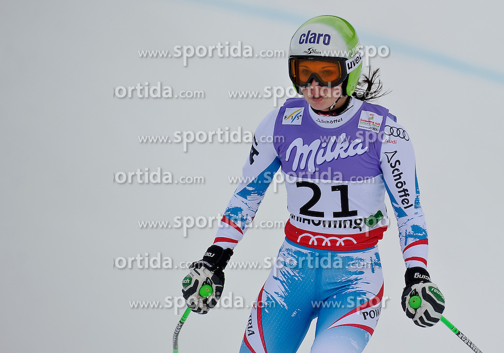 05.02.2013, Planai, Schladming, AUT, FIS Weltmeisterschaften Ski Alpin, Super G, Damen, im Bild Anna Fenninger (AUT) nach ihrem Ausfall // Anna Fenninger of Austria in action during ladies SuperG at the FIS Ski World Championships 2013 at the Planai Course, Schladming, Austria on 2013/02/05. EXPA Pictures © 2013, PhotoCredit: EXPA/ Sandro Zangrando