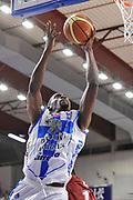 DESCRIZIONE : Campionato 2014/15 Dinamo Banco di Sardegna Sassari - Umana Reyer Venezia<br /> GIOCATORE : Shane Lawal<br /> CATEGORIA : Tiro Penetrazione Sottomano<br /> SQUADRA : Dinamo Banco di Sardegna Sassari<br /> EVENTO : LegaBasket Serie A Beko 2014/2015<br /> GARA : Dinamo Banco di Sardegna Sassari - Umana Reyer Venezia<br /> DATA : 03/05/2015<br /> SPORT : Pallacanestro <br /> AUTORE : Agenzia Ciamillo-Castoria/C.Atzori