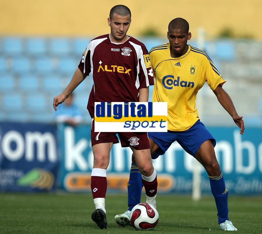 Fotball , 19. januar 2007 ,  Maspalonas , Grand Canaria , Brøndby - Rapid de Bucarest  <br /> Michael Bischoff , Brondby<br /> Manis Zicu , Rapid