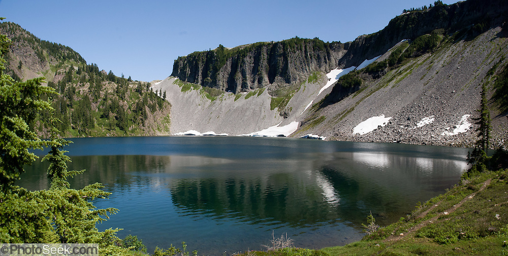 Iceberg Lake, Mount Baker Wilderness, North Cascades mountains, Washington
