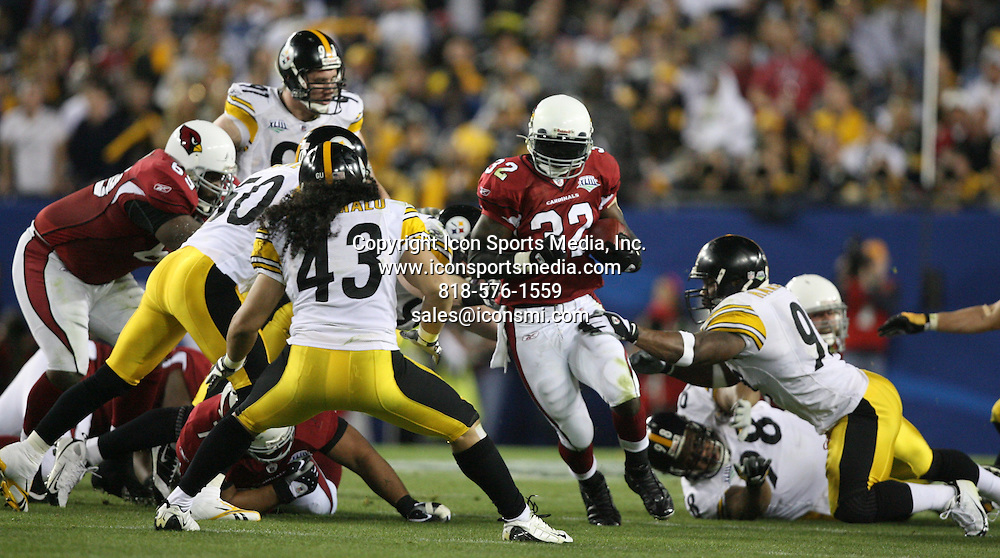 Feb 01, 2009 - Tampa, Florida, USA - Arizona's Edgerrin James (32) cuts through the hole in the third quarter of Super Bowl XLIII between the Arizona Cardinals and the Pittsburgh Steelers on February 1, 2009 at Raymond James Stadium