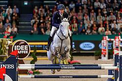 VON ECKERMANN Henrik (SUI), Castello 194<br /> Leipzig - Partner Pferd 2020<br /> Longines FEI Jumping World Cup™ presented by Sparkasse<br /> Sparkassen Cup - Großer Preis von Leipzig FEI Jumping World Cup™ Wertungsprüfung <br /> Springprüfung mit Stechen, international<br /> Höhe: 1.55 m<br /> 19. Januar 2020<br /> © www.sportfotos-lafrentz.de/Stefan Lafrentz