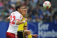 FUSSBALL   1. BUNDESLIGA   SAISON 2012/2013   LIGA TOTAL CUP  Hamburger SV - Borussia Dortmund        04.08.2012 Sven Bender (re, Dortmund) gegen Jaocopo Sala (li, Hamburg)