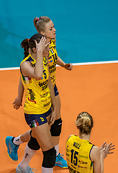 18-05-2019 GER: CEV CL Super Finals Igor Gorgonzola Novara - Imoco Volley Conegliano, Berlin<br /> Igor Gorgonzola Novara take women's title!Novara win 3-1 /  Robin de Kruijf #5 of Imoco Volley Conegliano, Joanna Wolosz #14 of Imoco Volley Conegliano