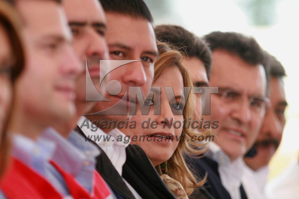 Toluca, Mex.- Leticia Acevedo, rindio protesta como presidenta del consejo directivo de la Cruz Roja en Toluca. Agencia MVT / Mario Vazquez de la Torre. (DIGITAL)<br /> <br /> <br /> <br /> <br /> <br /> <br /> <br /> NO ARCHIVAR - NO ARCHIVE