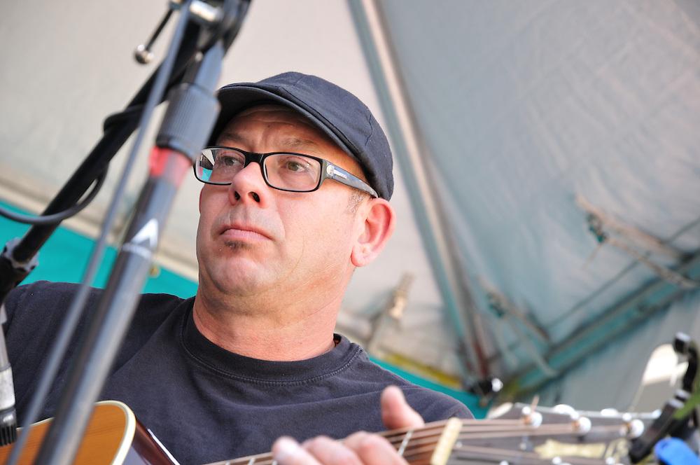 High Strung concert at 2013 Tucson Folk Festival. Event photography by Martha Retallick.