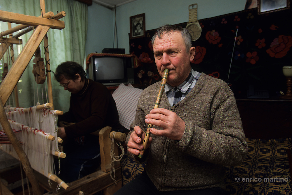 Cleja village, Klésza in Hungarian, one of the best players of the tilinkà, the traditional  flute of this region. For the csango people music is literally part of the life.