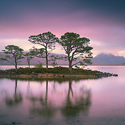 Could'nt resist visiting this view for an early start while up in Torridon in January, luckily managed to catch a wee bit of colour as the day began to break